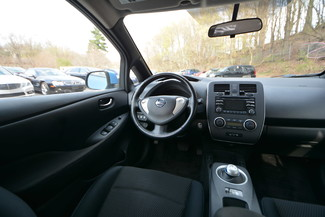2013 Nissan LEAF S Naugatuck, Connecticut 15