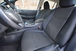 2013 Nissan LEAF S Naugatuck, Connecticut 19