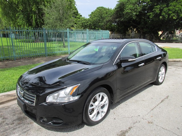 2013 Nissan Maxima 35 SV Premium Come and visit us at oceanautosalescom for our expanded invento