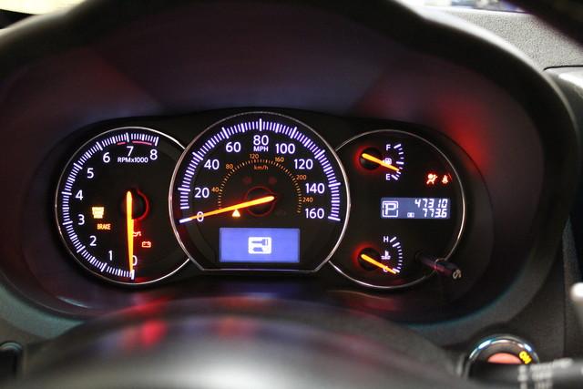 2013 Nissan Maxima 3.5 SV w/Premium Pkg Roscoe, Illinois 33