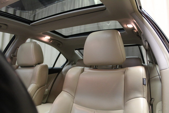 2013 Nissan Maxima 3.5 SV w/Premium Pkg Roscoe, Illinois 18