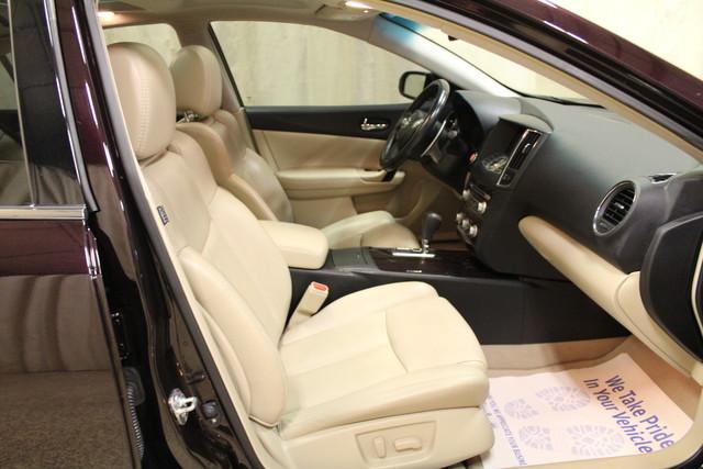 2013 Nissan Maxima 3.5 SV w/Premium Pkg Roscoe, Illinois 19