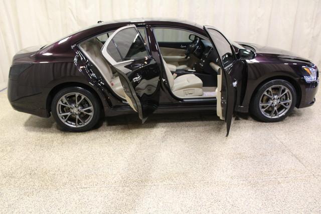 2013 Nissan Maxima 3.5 SV w/Premium Pkg Roscoe, Illinois 3