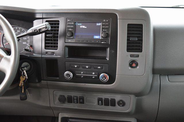 2013 Nissan NV Passenger SV Richmond Hill, New York 17