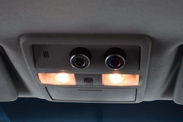 2013 Nissan NV Passenger SV Richmond Hill, New York 18