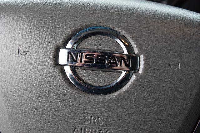 2013 Nissan NV Passenger SV Richmond Hill, New York 31