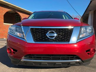 2013 Nissan Pathfinder SV Knoxville , Tennessee 3