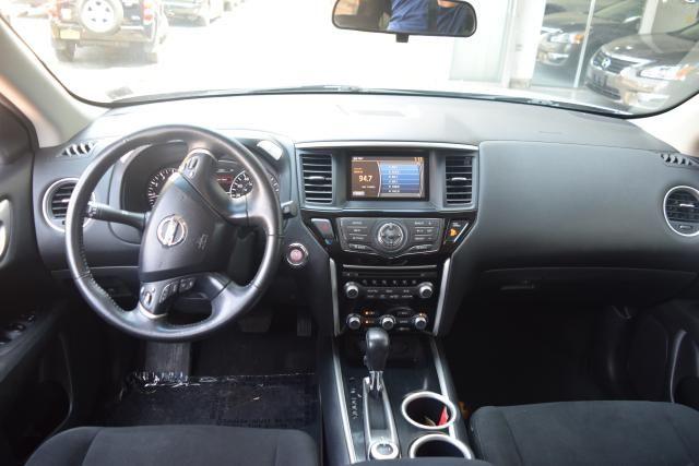 2013 Nissan Pathfinder SV Richmond Hill, New York 10