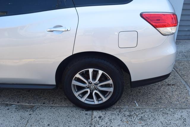 2013 Nissan Pathfinder SV Richmond Hill, New York 5