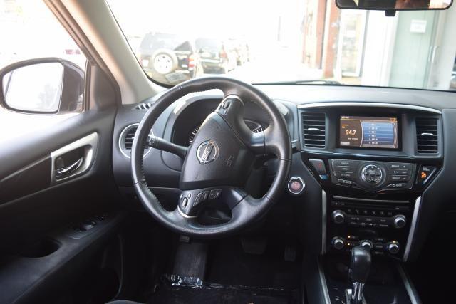 2013 Nissan Pathfinder SV Richmond Hill, New York 9