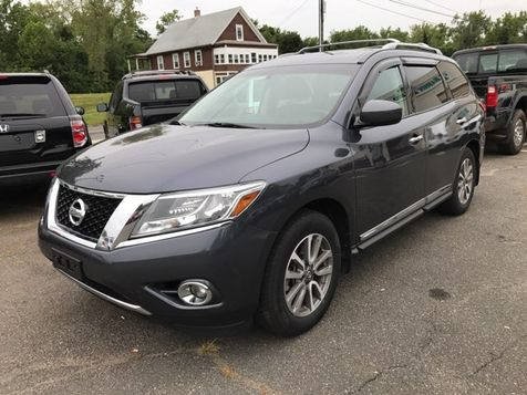 2013 Nissan Pathfinder SL in West Springfield, MA