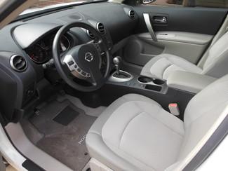 2013 Nissan Rogue SV Clinton, Iowa 6