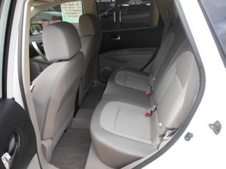 2013 Nissan Rogue SV Clinton, Iowa 7