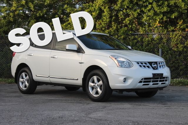 2013 Nissan Rogue S  WARRANTY CARFAX CERTIFIED 16 SERVICE RECORDS FLORIDA VEHICLE TRADES WE