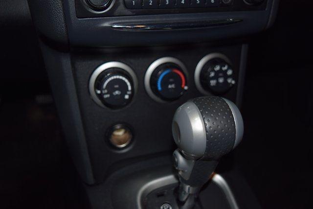 2013 Nissan Rogue S Richmond Hill, New York 25