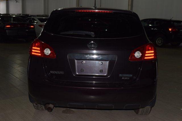 2013 Nissan Rogue S Richmond Hill, New York 4