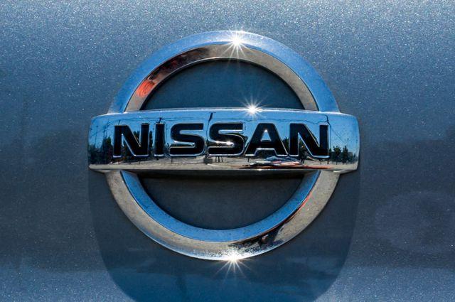 2013 Nissan Sentra SV - AUTO - NAVI - 73K MILES - BACK UP CAMERA Reseda, CA 43