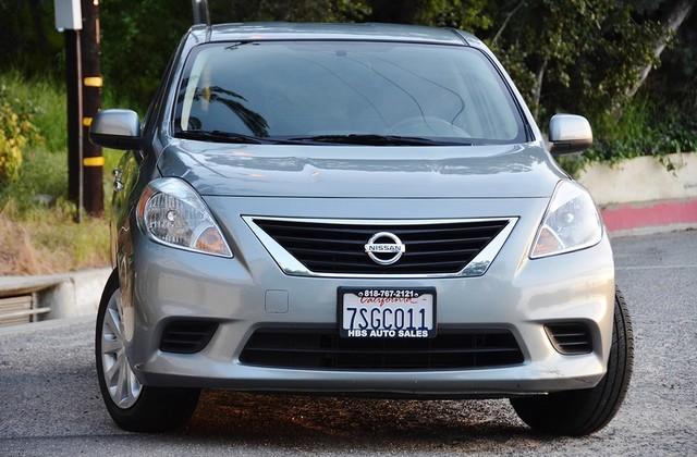 2013 Nissan Versa SV Reseda, CA 11