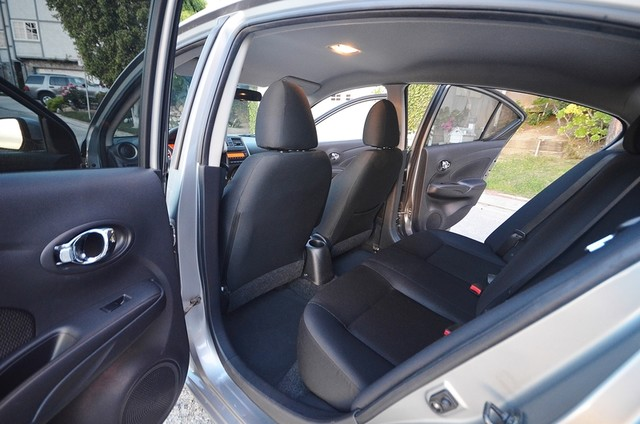 2013 Nissan Versa SV Reseda, CA 17