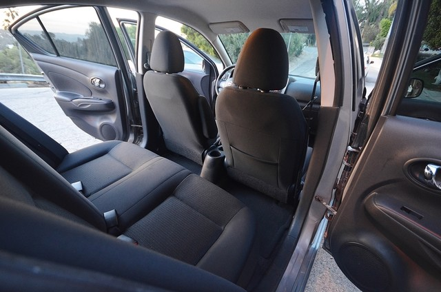 2013 Nissan Versa SV Reseda, CA 22