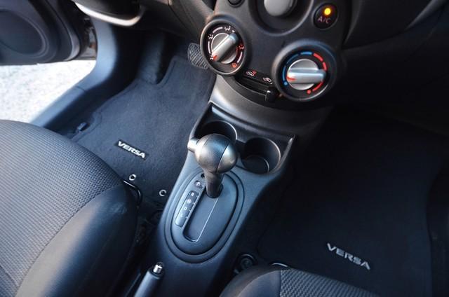 2013 Nissan Versa SV Reseda, CA 25