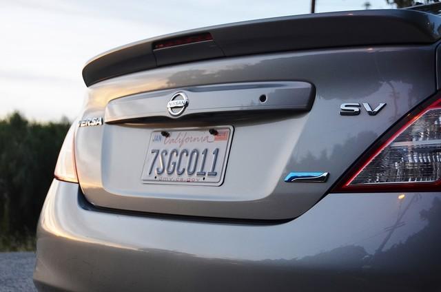 2013 Nissan Versa SV Reseda, CA 10