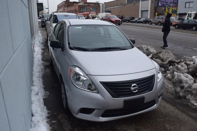 2013 Nissan Versa S Richmond Hill, New York 1