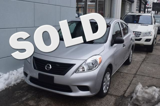 2013 Nissan Versa S Richmond Hill, New York 0