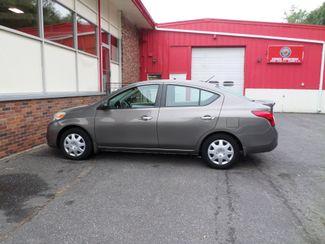2013 Nissan Versa SV  city CT  Apple Auto Wholesales  in WATERBURY, CT