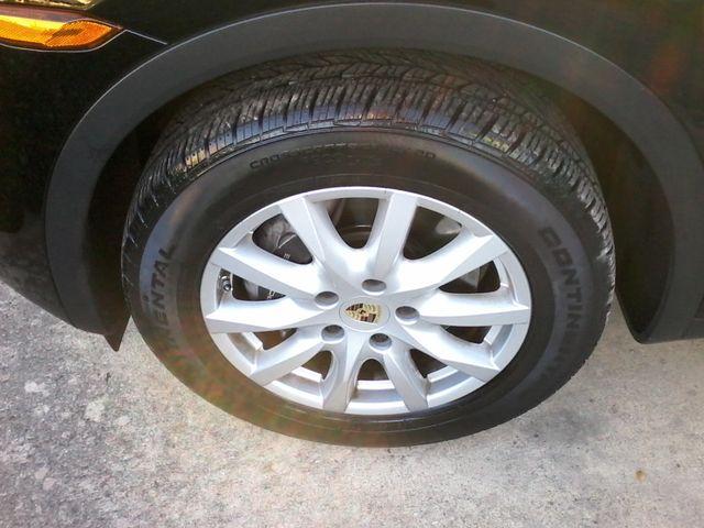 2013 Porsche Cayenne San Antonio, Texas 39