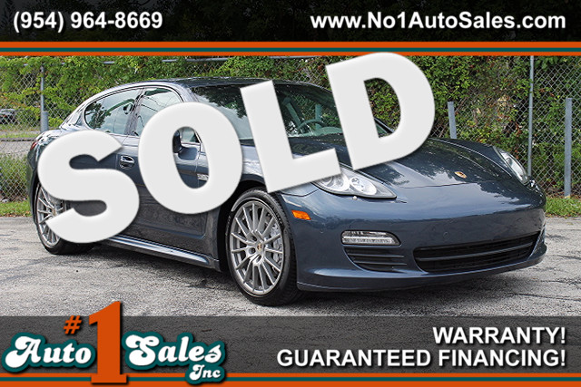 2013 Porsche Panamera  CARFAX CERTIFIED AUTOCHECK CERTIFIED 9 SERVICE RECORDS LIKE NEW FLOR