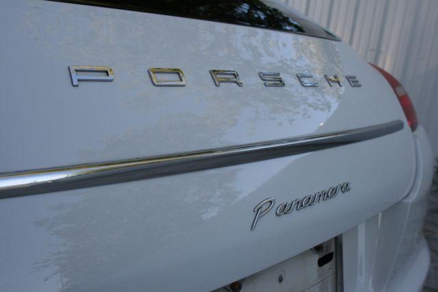 2013 Porsche Panamera Houston, Texas 7