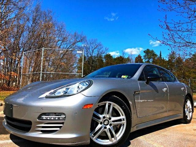 2013 Porsche Panamera 4 Platinum Edition AWD Leesburg, Virginia 0