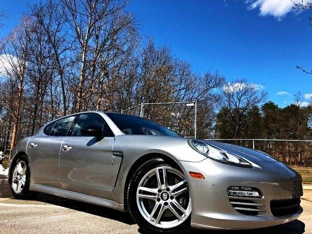 2013 Porsche Panamera 4 Platinum Edition AWD Leesburg, Virginia 1