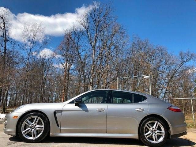 2013 Porsche Panamera 4 Platinum Edition AWD Leesburg, Virginia 4