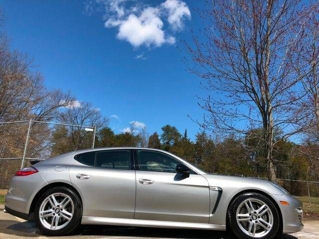 2013 Porsche Panamera 4 Platinum Edition AWD Leesburg, Virginia 5