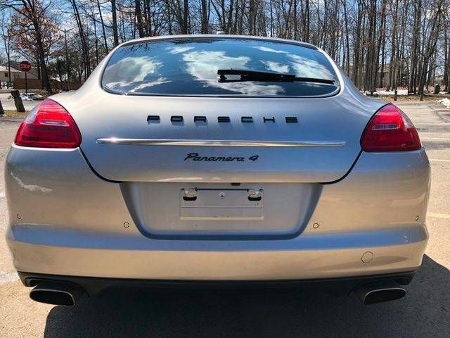 2013 Porsche Panamera 4 Platinum Edition AWD Leesburg, Virginia 7