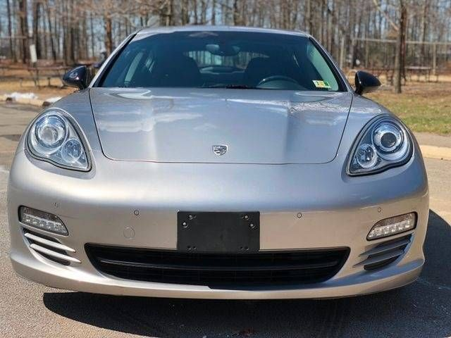 2013 Porsche Panamera 4 Platinum Edition AWD Leesburg, Virginia 11