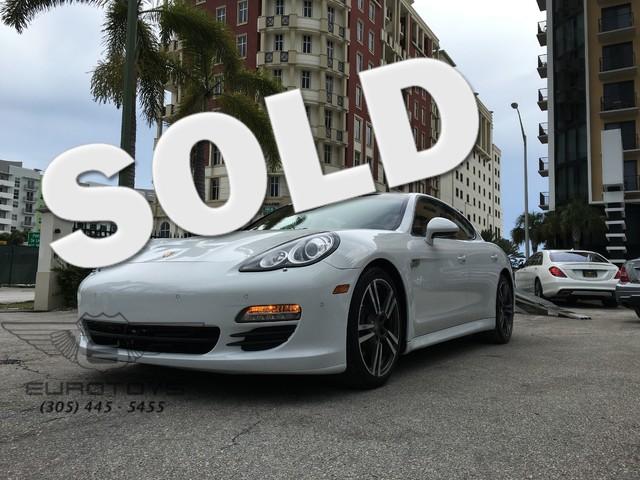 2013 Porsche Panamera 2013 Porsche Panamera Division PCNA Commission  784284 Prod Month 06201