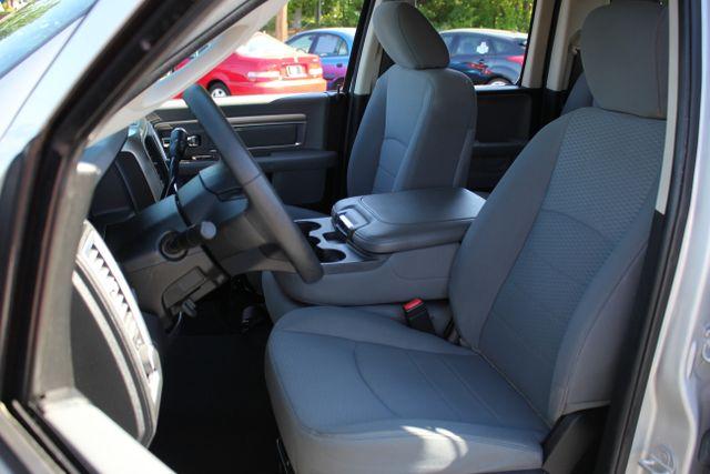 2013 Ram 1500 SLT - 4X4 - V8 Mooresville , NC 18