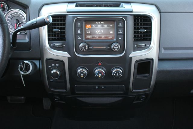 2013 Ram 1500 SLT - 4X4 - V8 Mooresville , NC 21