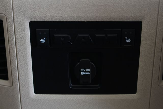 2013 Ram 3500 Laramie MEGA Cab 4x4 - NAVIGATION! Mooresville , NC 43