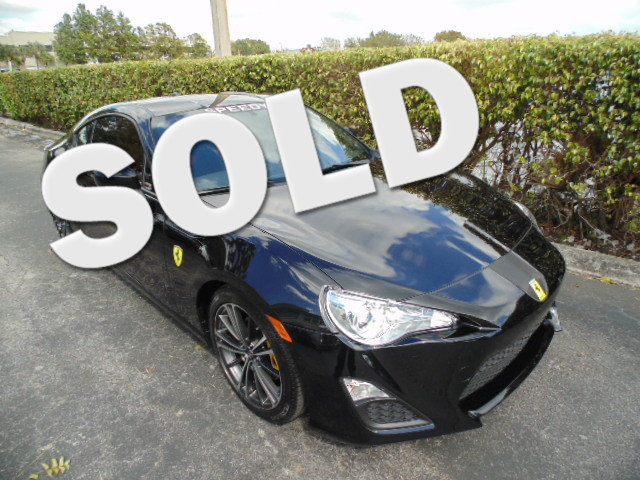 2013 Scion FR-S ONE OF A KIND NEW STYLE FERRARI BUT NOT THE PRICE OF ONECLEAN CARFAX 1-Ow