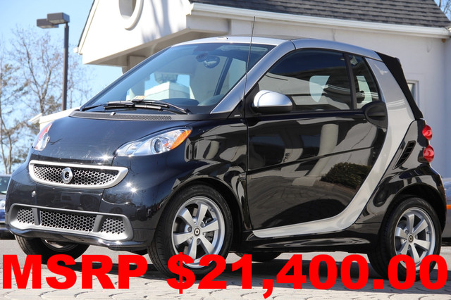 2013 SMART Fortwo passion cabriolet 2dr Convertible AMFM CD Player AC Cruise Power Locks Powe