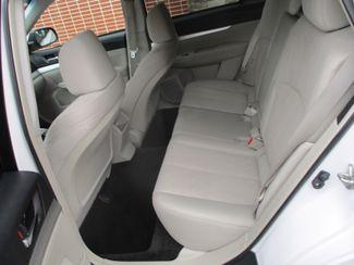 2013 Subaru Outback 2.5i Premium Farmington, Minnesota 3