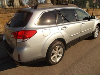2013 Subaru Outback 2.5i Limited Manchester, NH 4