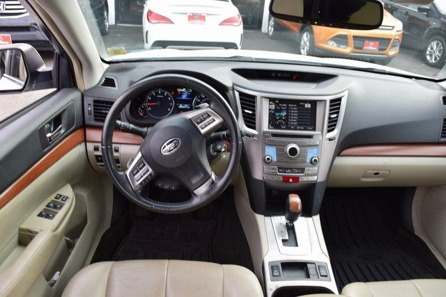 2013 Subaru Outback 2.5i Limited Richmond Hill, New York 17