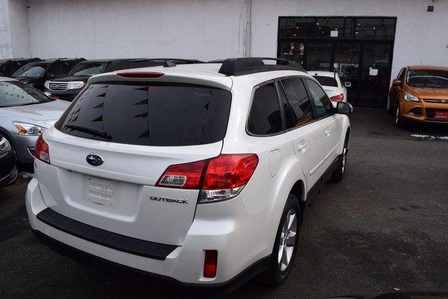 2013 Subaru Outback 2.5i Limited Richmond Hill, New York 6