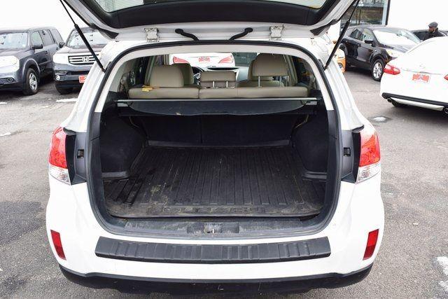 2013 Subaru Outback 2.5i Limited Richmond Hill, New York 8