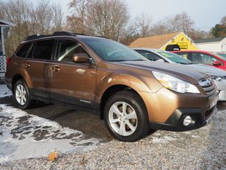 2013 Subaru Outback 3.6R Limited | Whitman, Massachusetts | Martin's Pre-Owned-[ 2 ]